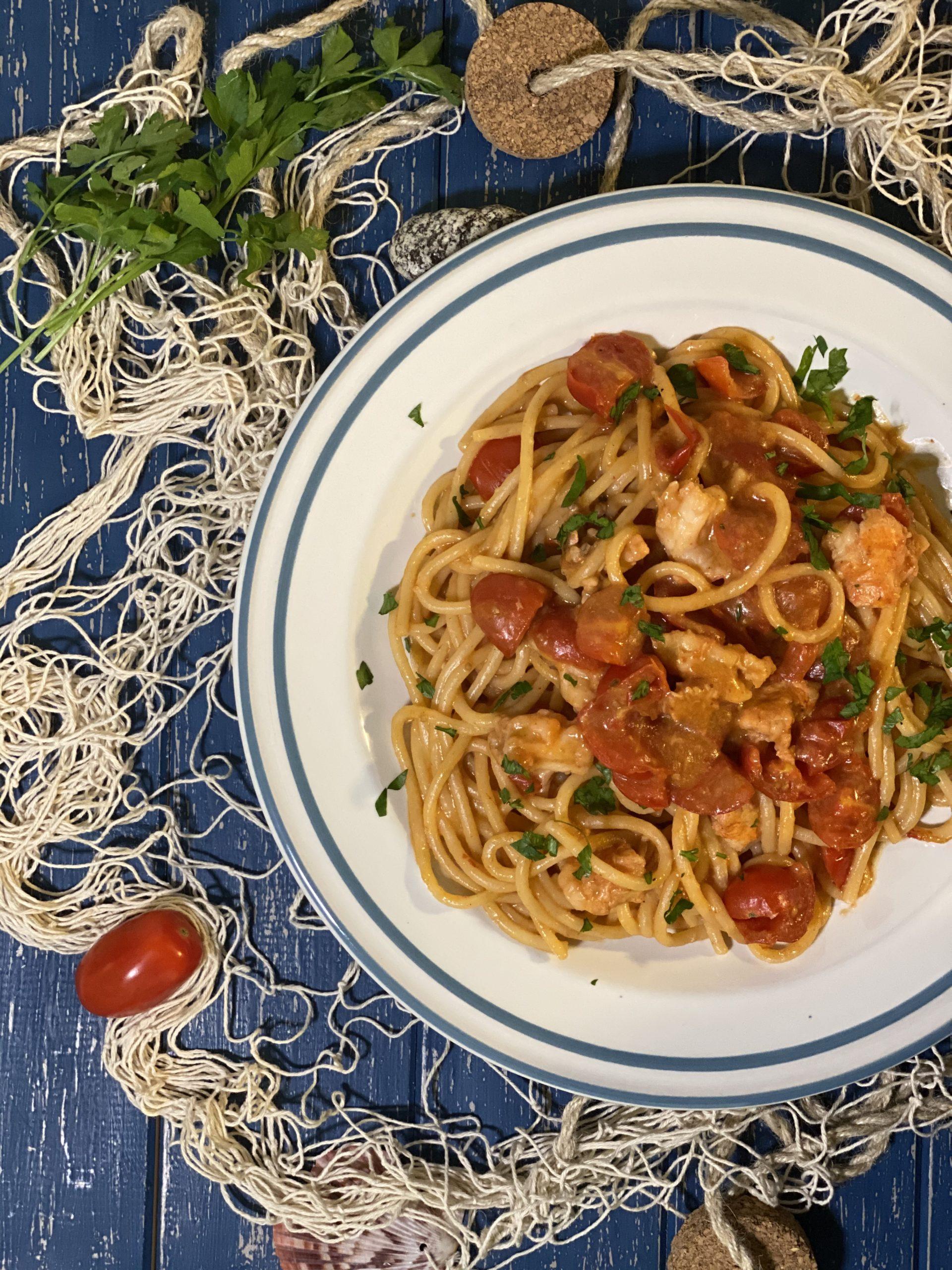 spaghetti scampi e pomodorini